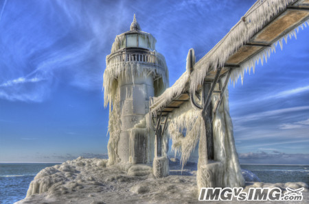ice frozen lighthouse ocean